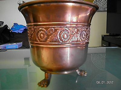 VINTAGE Ornate COPPER JARDINIERE Planter with Claw Feet