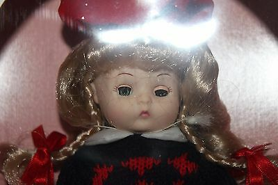 Li'l Innocents doll Meredith - Effanbee w/red beret NIB Autumn Style FB2819 FB