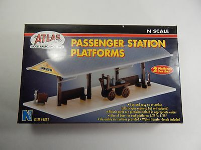 Atlas Model Railroad N Scale Passenger Station Platforms New In Box.  2842