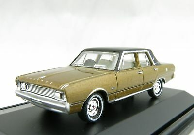 Road Ragers Australian 1971 Chrysler Valiant VG Regal Sedan Citron Gold 1:87