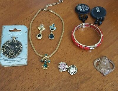 Lot Of Vintage Fashion Bohemian Costume Jewelry Clip Earrings Necklace Etc