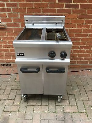 Lincat Commercial Stainless Steel Twin Tank Twin Basket Chip Fryer Natural Gas