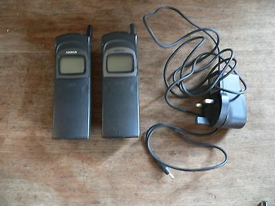 2 nokia vintage mobile phones banana matrix NHE-6BX, NHE-6BN one charger