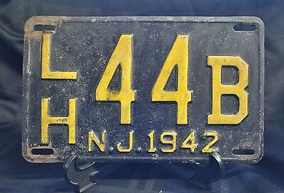 New Jersey License Plate 1942 LH 44B Single Plate