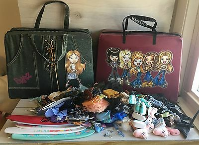 Huge lot of Bratz Dolls Accessories W/ Carry Cases! Clothes, Jewelry, Shoes, Bag