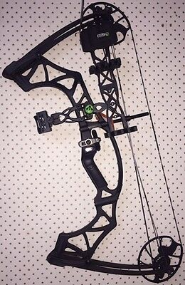 Hoyt Klash LEFT HAND Compound Bow BLACK-OUT including Authentic Klash Package