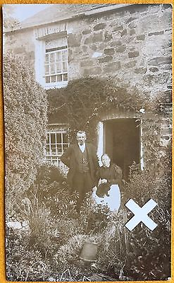 Govier Rp Postcard. Couple Outside Cottage, Cornwall.