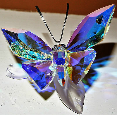 Swarovski Crystal Figurine - Sparkling Butterfly on Leaf - 1113559