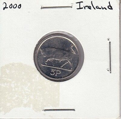 Pair of 2000 5 Pence coins from Ireland (km28)