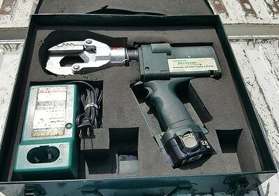 GREENLEE GATOR ESG50GL Plus 12v Battery-Powered Cable Cutter w/ Case Germany
