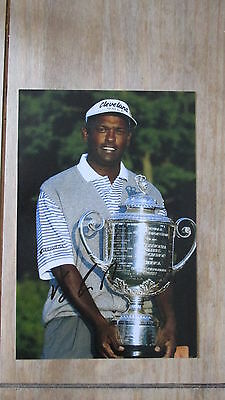 "Genuine hand signed Golfer "" VIJAY SINGH "" 12"" x 8"" photograph (PROOF) WITH COA"