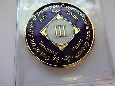 NA Purple Ivory Coin 3 Year Tri-Plate Narcotics Anonymous Medallion +Case&Stand
