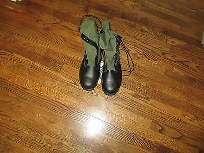 jungle boots green, gi issue,new old stock size  13.5xw/14,1988
