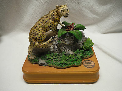 Limited Ed San Francisco Music Box Natl Geographic Leopard Somewhere In Time