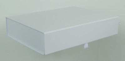 Luxury Gift Box / Keepsake Box, A4 Shallow In White With No Ribbon