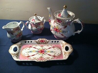 Sorelle Fine Porcelain Tea Set~New In Box~Beautiful-Pink Flowers/gold Trim