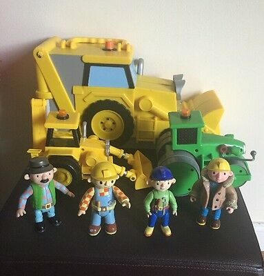 Bob The Builder Toy Bundle  2 Large Vehicles And 4 Figures Plus Carry Case