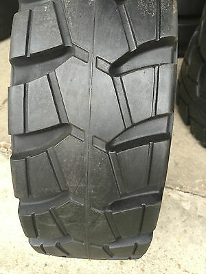 21 x 7 x 15 Traction forklift press-on tires 21715