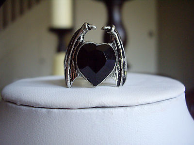 Alchemy Gothic Draco Crystal Black Heart Dragon Wings Pewter Ring