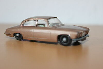 Matchbox/ LESNEY Jaguar MK10 Nr./ No 28 Made in England