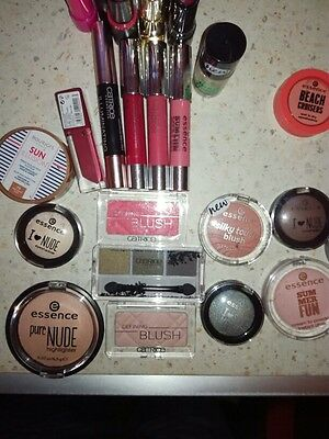 lot mixte 30 articles maquillage abimes