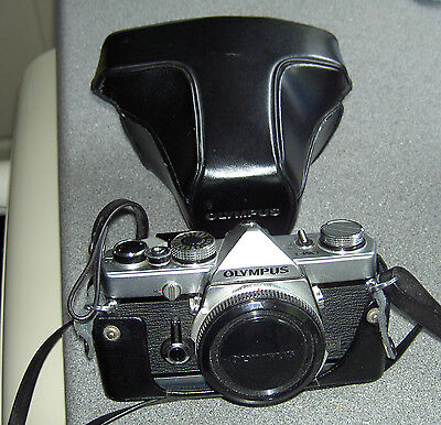 OLYMPUS OM1 35mm SLR Camera with case and lens cap