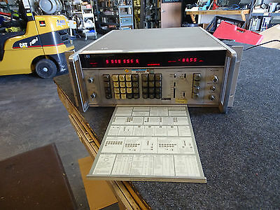 HP Agilent Keysight 3330B Automatic Synthesizer Generator #1 Sweep Output / 044