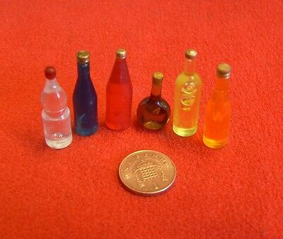 Dolls House Miniature Selection of 6 x Bottles (S3)