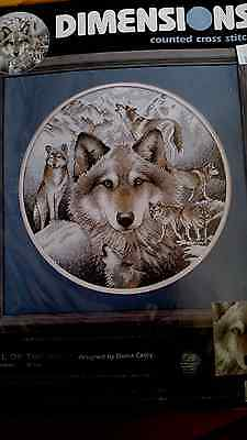 Call of the Wolf *New* counted cross stitch kit (Dimensions)