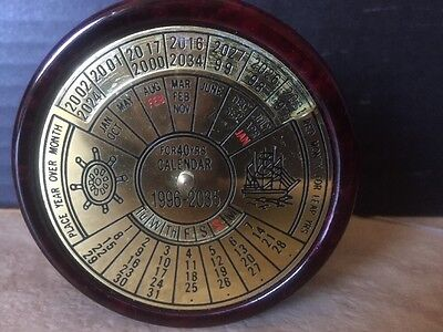 Brookstone Brass 40 Year Perpetual Calendar Paperweight 1996- 2035 Nice Gift