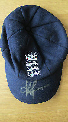 "Signed "" KEVIN PIETERSEN "" ENGLAND BAGGY BLUE CAP (Proof & COA)"