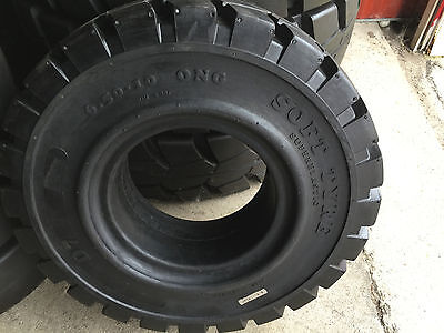6.50-10 Solid Industrial Forklift Tires Deep Lug 6.50X10 65010