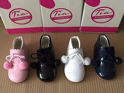 Unisex Baby-Infant Spanish Style Patent Pom Pom Boots Pram-First Walking Shoes