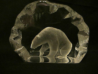 Mats Jonasson  Crystal Glass Polar Bear   Signed & Numbered Perfect Condition
