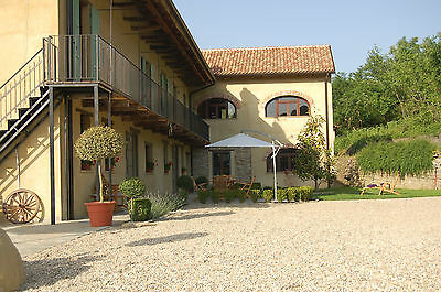 North Italy newly renovated vacation holiday home sleeps up to 8 + private pool