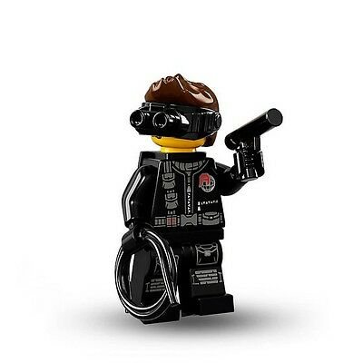 "Lego Series 16 ""Spy"" Minifigure No.71013 (Sealed Packet)"