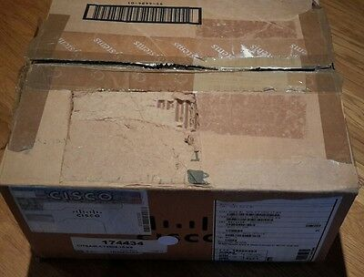 Cisco AIR-CT2504-15K9 - 2504 WIRELESS CONTROLLER - with 15 licenses