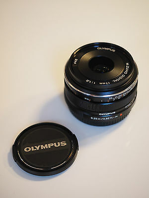 Olympus M.Zuiko Digital 17 mm F1.8 schwarz Objektiv Lens black 17mm 1:1.8
