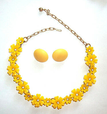 Vintage Necklace Yellow Plastic Flowers & Rhinestones + Yellow Post Earrings