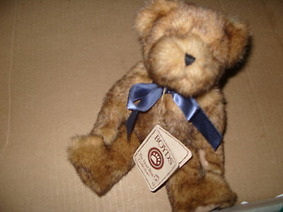 Boyds Bear Winslow Beariman  Approx 11 Inches Tall
