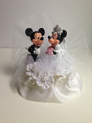 Disney MICKEY & MINNIE Wedding Cake Topper Plastic Satin Bottom