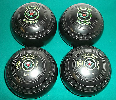 Thomas Taylor Vector Size 4 Lawn Bowls x 4 with Henselite Carry Bag