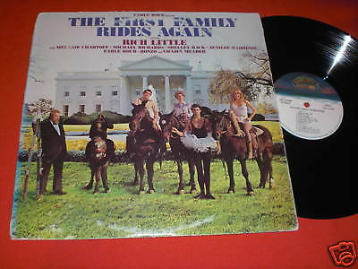 LP The First Family RIDES AGAIN NB1-33248 US 1981