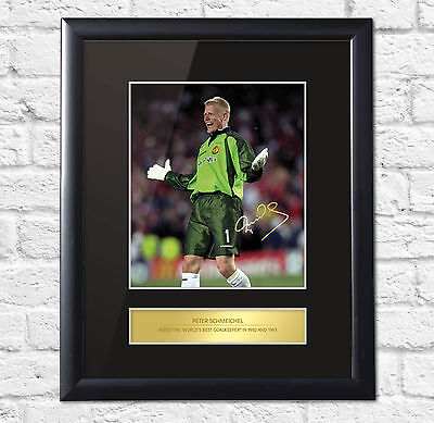 Peter Schmeichel Signed Mounted Photo Display Manchester United FRAME
