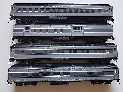 Athearn Southern pacific passenger carriages Ho scale