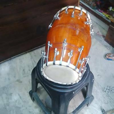 brand new dholak mango wood bolt fitting,dhollki nice sound.AWSM BAHJAN KIRTAN
