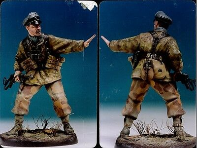 FRONT ROYAL German Officer 1-16 scale Resin