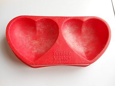 Purina Tender Vittles Cat Food Heart Shaped Food and Water Dish