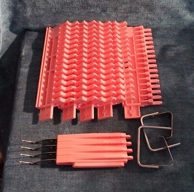 Knitting Pal By Walter Palange Hand Knitting Loom Kit System EUC