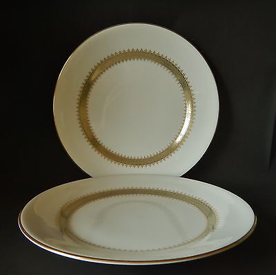 TWO WEDGWOOD ARGYL 275mm DINNER PLATES GREAT CONDITION